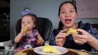 """Vlog 589 ll 2 Mẹ Con Dành Nhau Ăn """" Vua Sầu Riêng"""" MUSANG KING DURIAN - YouTube"""