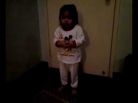 Nadyne solat reciting doa iftitah & al-fatihah @ 2 years old