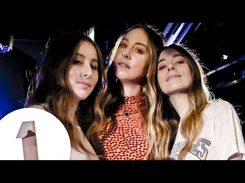 HAIM - Night So Long - Radio 1's Piano Sessions