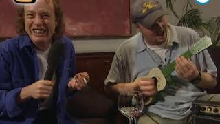 Raabigram: Stefan Raab vs. Angus Young von ACDC - TV total