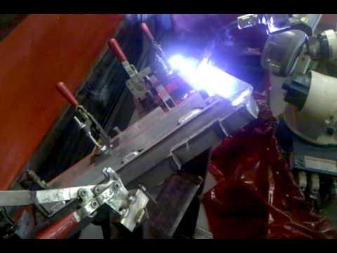 "OTC Daihen Welding Robot--1/4"" Aluminum Corner Bracket"