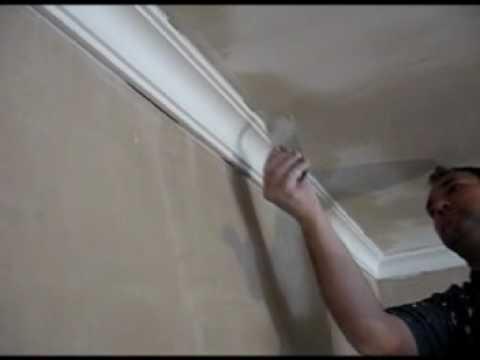 pose moulure pl tre como poner moldura escayola youtube. Black Bedroom Furniture Sets. Home Design Ideas
