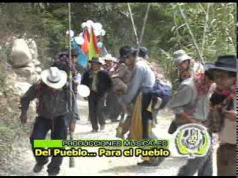 CARNAVAL SANTIAGO DE CHOCORVOS.......SALIDA DE CHACA..........FAMILIA PEVE