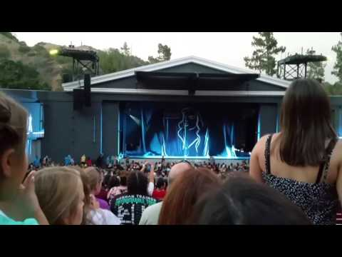 Hailee Steinfeld - Starving, Love Myself,  Live Show Opening Dance