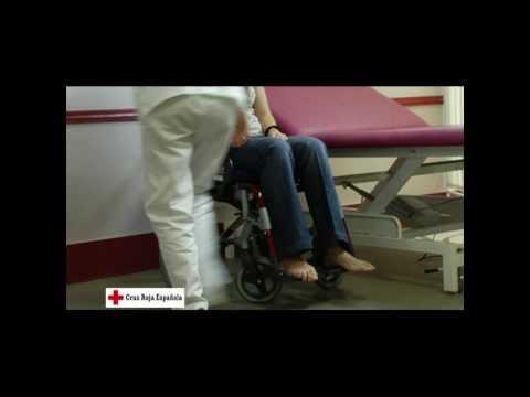 Parapléjico discapacitado en silla de ruedas 3 de 6