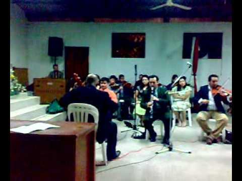 Firmes y adelante por Orquesta Jerusalem