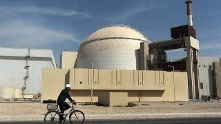 زلزال يضرب إيران قرب محطة بوشهر النووية -
