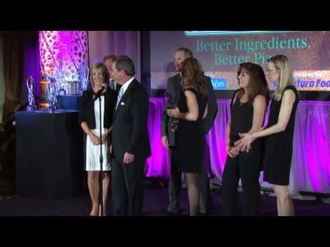 Papa John's: 2013 MenuMasters Award winner (Best Limited-Time Offer)
