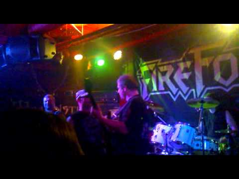 Fireforce - Born to Play Metal (Live)