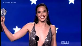 Gal Gadot Receives The #SeeHer Award (Critics Choice 2018)