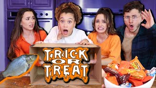 TRICK OR TREAT WHAT'S IN THE BOX FEAT. THE MERRELL TWINS & DAVID ALVAREZ!