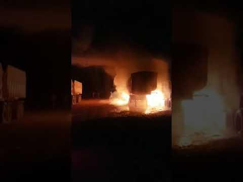 Cocalinho - Incêndio em pátio de mineradora atinge 6 carretas (ver vídeo)