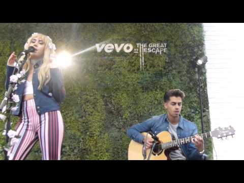 Kali Uchis - Being With You (Acoustic) (HD) - Wagner Hall, Brighton - 15.05.15