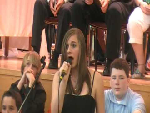 14 Year Old Sings  Hallelujah From Shrek (Leonard Cohen)