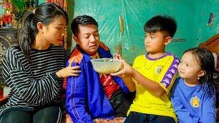 Chị Cả Chăm Bố Chăm Em Khi Bố Bị Ốm | Gà Trống Nuôi Con | Bé Chi TV