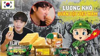 Phản ứng người Hàn khi ăn LƯƠNG KHÔ CỦA QUÂN ĐỘI VIỆT NAM?!