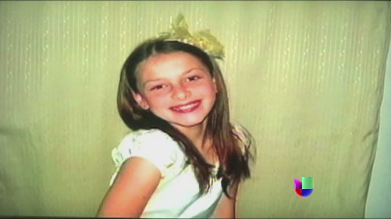 Hermosa nena dominicana bailando merengue - 4 1