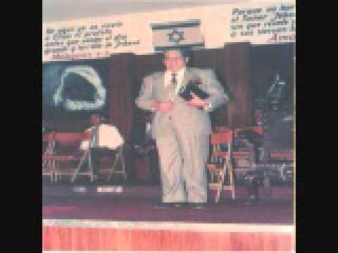 Acusacion  Pastor Oscar Galdona