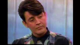 Deney Terrio accuses Merv Griffin of sexual harrassment (1992)