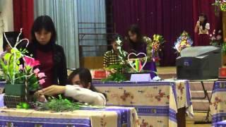Hồng Minh- Mai Hoa tổ ngoại ngữ tham gia cuộc thi