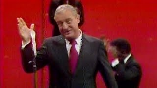 Rodney Dangerfield Even Cracks Up the Orchestra (1978)