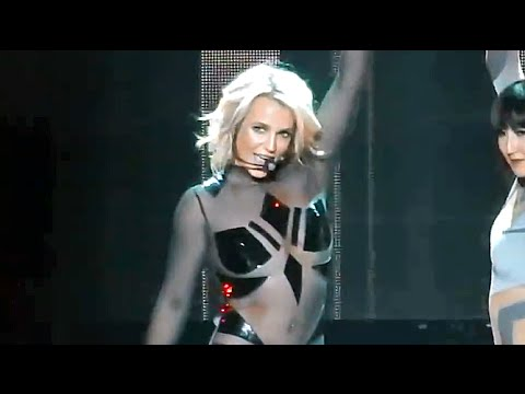 Britney Spears - 3 Live From Las Vegas (Piece of Me Show)