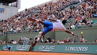 World's Most Amazing Tennis Trick Shots