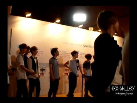 [FANCAM] 120810 S.M.ART EXHIBITION - EXO Chanyeol