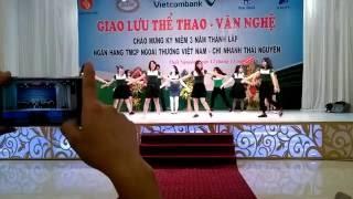 ROYAL PALACE - Nhảy Flashmob vui nhộn Vietcombank