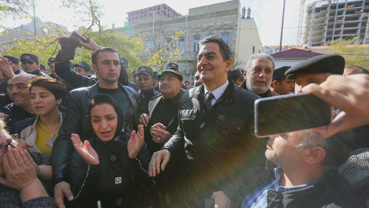 Азербайджан: лидер оппозиции вышел на волю