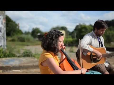Asheville Sessions: The Moon and You - The Lion and the Rabbit