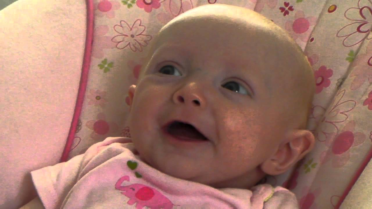 Cute Laughing Baby Wallpapers: Mommy Scares Cute Laughing Baby