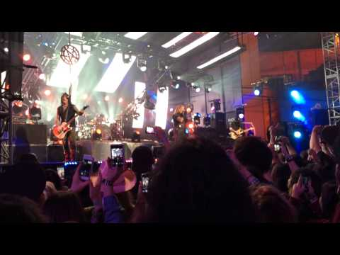 Mötley Crüe - Live Wire - Live at Jimmy Kimmel 1/27/14