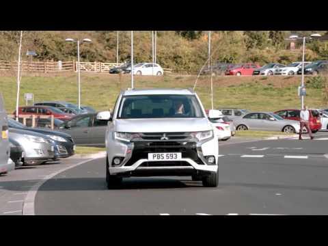 Vídeo práctico cómo cargar el Mitsubishi Outlander PHEV 2016