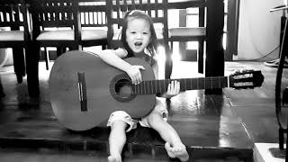 Klee. When my 3 year old kid singing with guitar