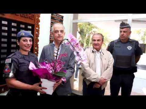 Dia das Mães: PM recebe homenagem por matar assaltante