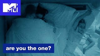'Michael + Geles Get Freaky' Official Sneak Peek | Are You the One? (Season 6) | MTV