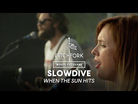 Slowdive perform