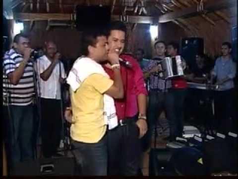 El Gran Martin Elias & Rafael Santos Cantando Gracias A Dios WWW.ELRINCONVALLENATO.COM
