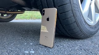 iPhone XS Max vs CAR