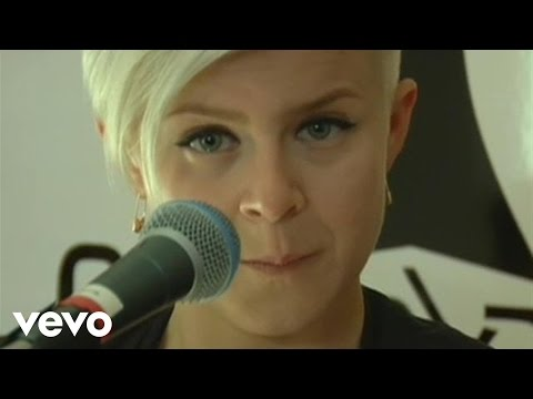 Robyn - Be Mine! (Live From The Cherrytree House)