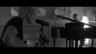 Mod Sun - Stay Away ft. Machine Gun Kelly (OFFICIAL VIDEO)