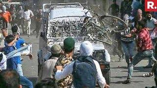 SHOCKING! Hundreds attack CRPF Vehicle in Nowhatta , J&am..
