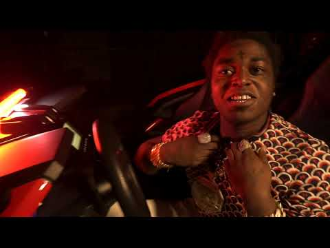 Kodak Black - Pimpin Ain't Eazy [Official Music Video]