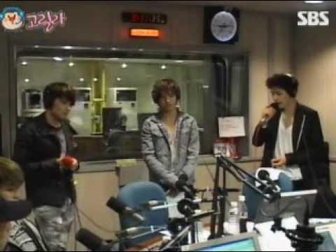 100518 Young Street Super Junior - K.R.Y sing 응결 Coagulation live