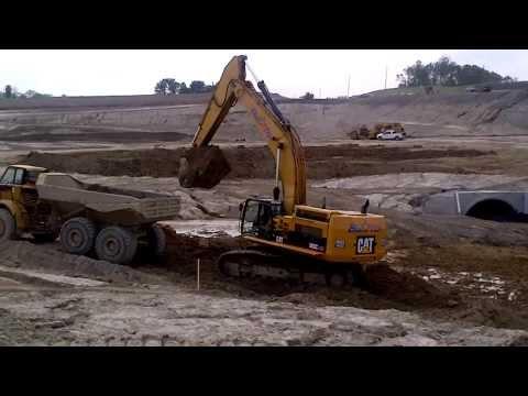 365 CL Cat Excavator