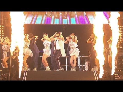 PSY - RIGHT NOW @ Seoul Plaza Live Concert