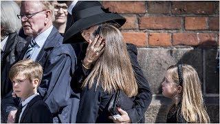 Dänen-Milliardär Povlsen und seine Familie nehmen Abschied von den drei toten Kindern