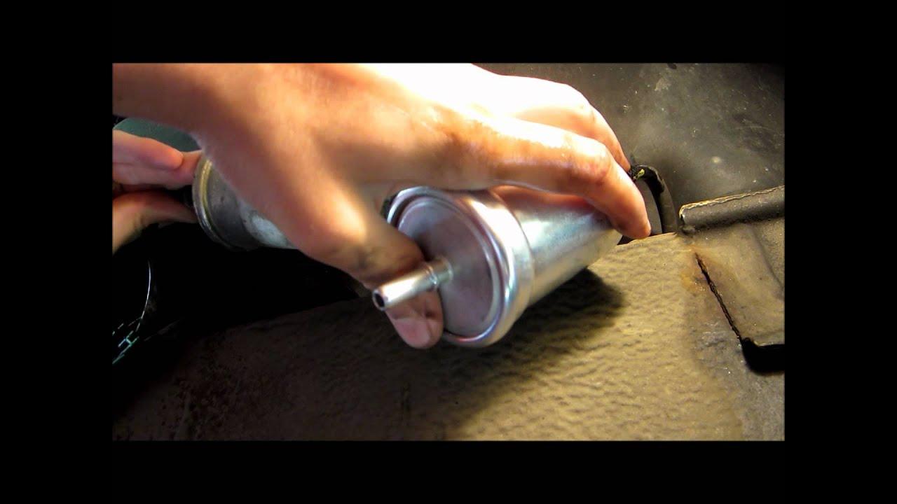 tuto changer filtre essence twingo how change gas filter youtube. Black Bedroom Furniture Sets. Home Design Ideas
