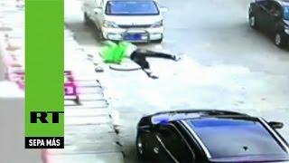 Трёхлетний малыш упал с 3-го этажа